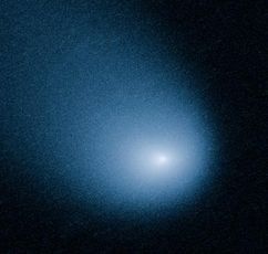 This March 27, 2014 image provided by NASA, ESA, and J.-Y. Li shows comet C/2013 A1, also known as Siding Spring, as captured by Wide Field Camera 3 on NASA's Hubble Space Telescope.(AP Photo/NASA, ESA, J.-Y. Li)